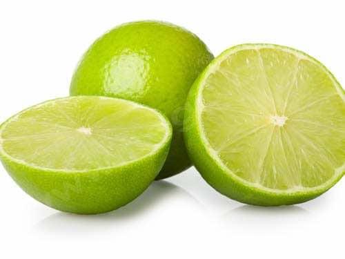 Intoxication du chien par le Dieffenbachia : on peut faire boire du jus de citron vert
